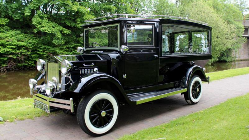 vintage-hearse-slide1